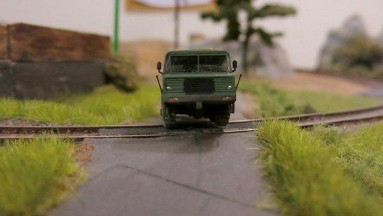 Tatra 813 stepnicka 038-001